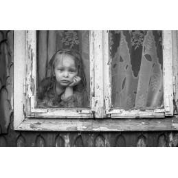 Bambina alla finestra by Dorin Mihai